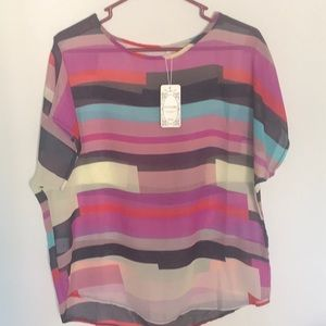 Semi sheer colorful rounded bottom top. NWT Sz XXL